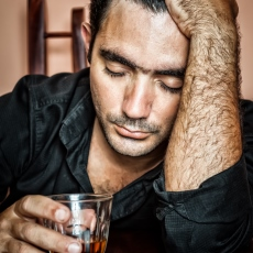 Alcoholismo y abuso de alcohol