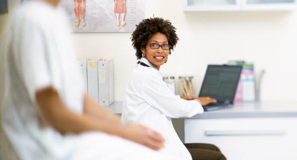 Página sobre los exámenes para el cáncer de cuello uterino