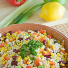 Ensalada de cebada, frijol y maíz