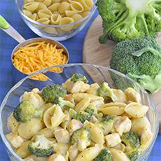 Chicken, Broccoli, and Cheese Skillet