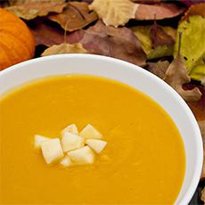 Creamy Squash Soup with Shredded Apples