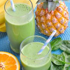 Green Pineapple Power Smoothie